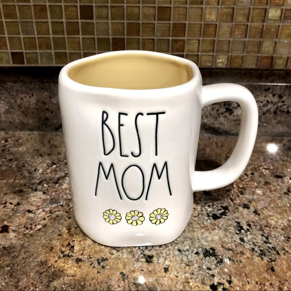 """RAE DUNN """"Best Mom"""" White/Yellow Flower 16oz Mug"""